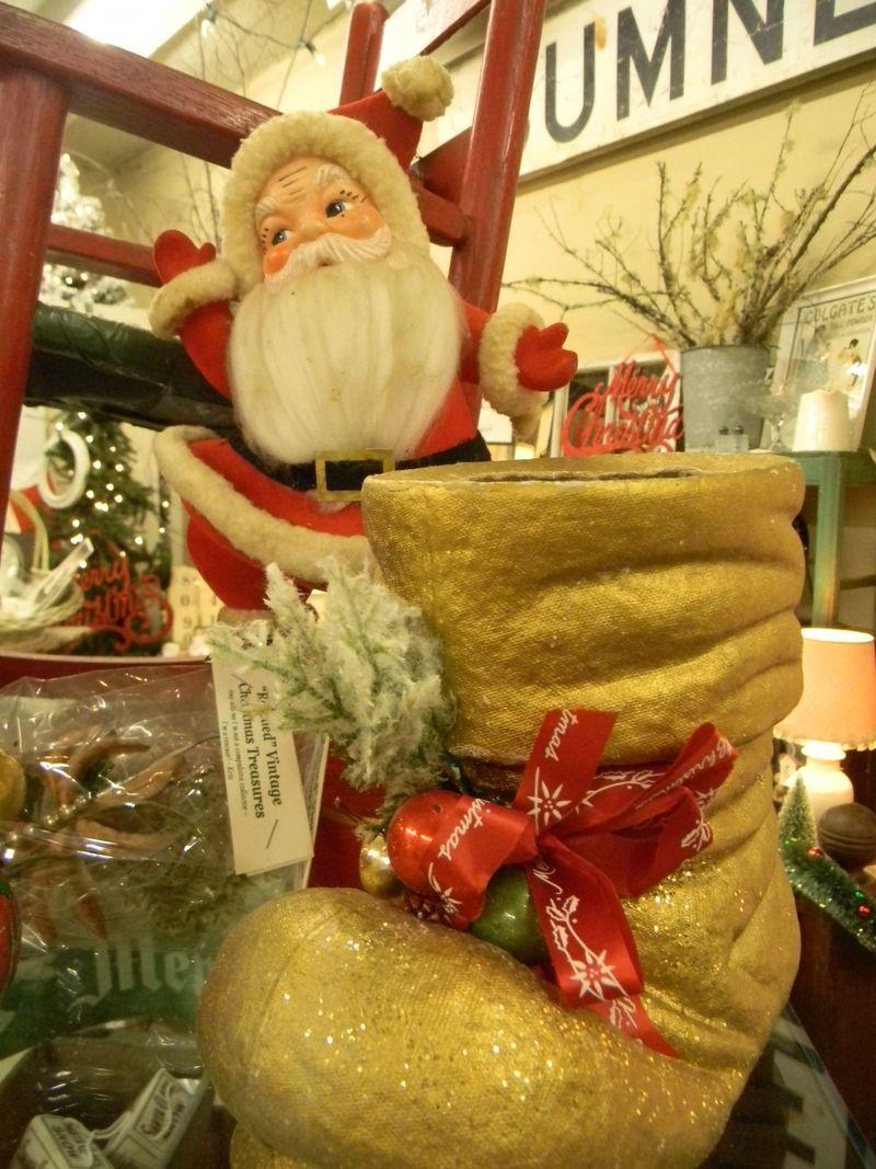 Santa & gold boot